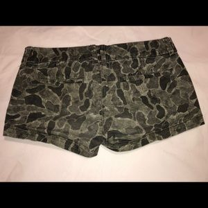 American Eagle Outfitters Shorts - American Eagle Shortie Camo Shorts